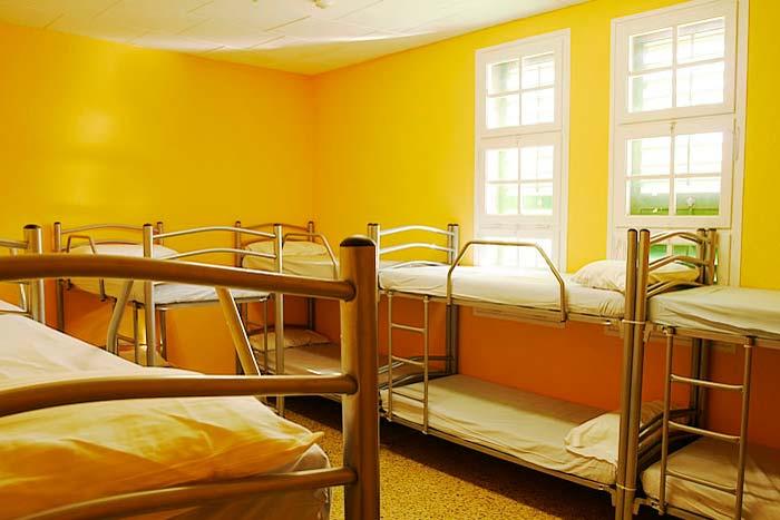 Dormitoris de la casa de colònies El Rourell