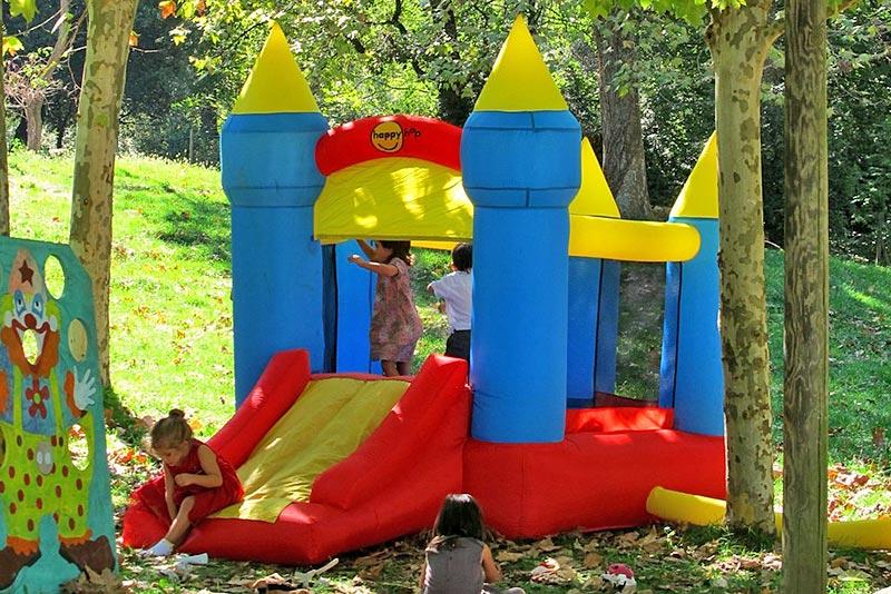 Jocs al castell inflable del Rourell